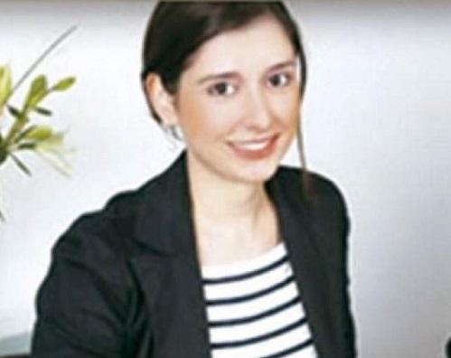 Manuela Escobar joven