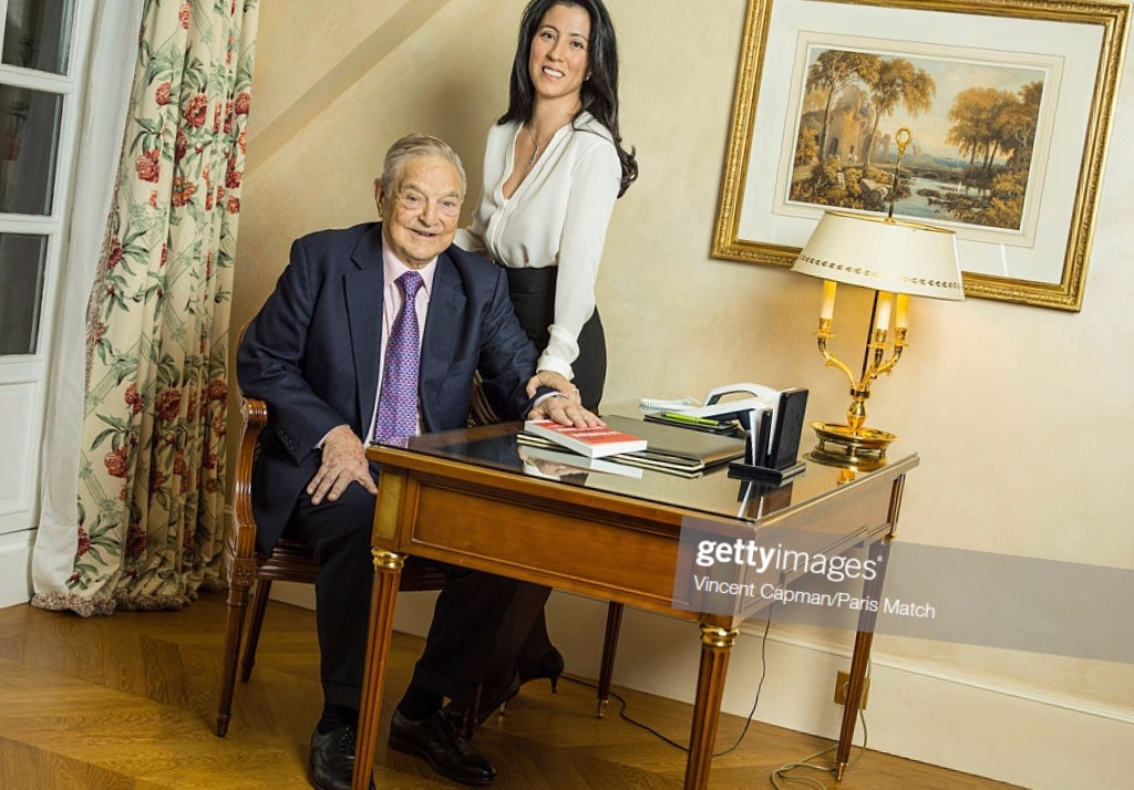 Tamiko Bolton y Soros