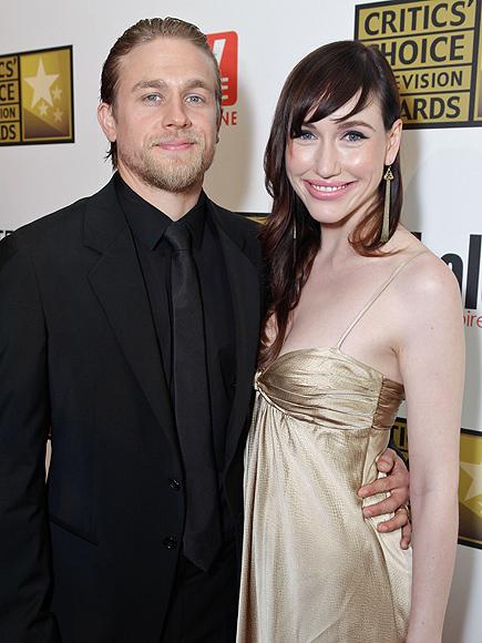 Morgana McNelis y Charlie Hunnam