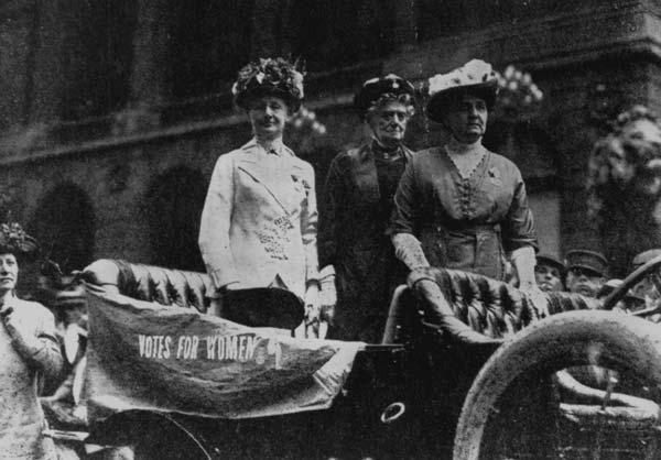 Jane Addams pidiendo los votos para las mujeres